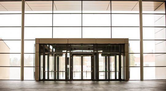 Entrance Holstenhallen Neumünster // Ingenieurbüro Schlüter & Thomsen
